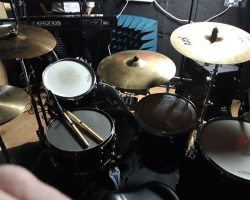 Available for recording. also rehearsals. ideal for 3 to 4 piece bands